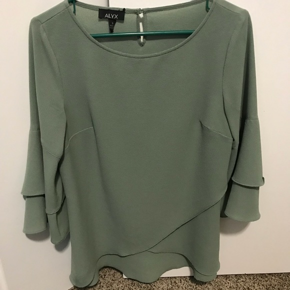 dbd7694d082 Alyx Tops - Small Sage Alyx Sleeve Round Neck Woven Blouse